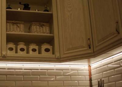 kuchnia-na-zamowienie-w-stylu-prowansalskim-od-mobiliani-004