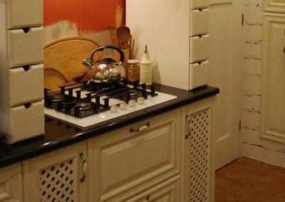 kuchnia-na-zamowienie-w-stylu-prowansalskim-od-mobiliani-006