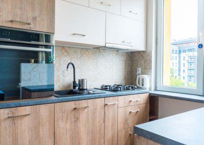 realizacja-wnetrz-projektu-mobiliani-design-kuchnia-w-drewnianym-designie-003