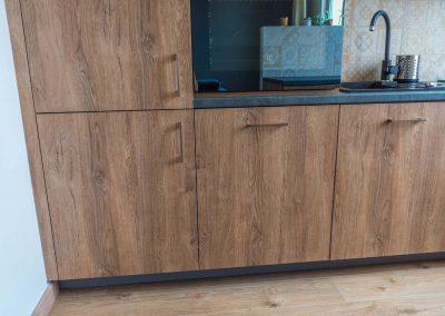 realizacja-wnetrz-projektu-mobiliani-design-kuchnia-w-drewnianym-designie-005
