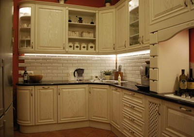 kuchnia-na-zamowienie-w-stylu-prowansalskim-od-mobiliani-007