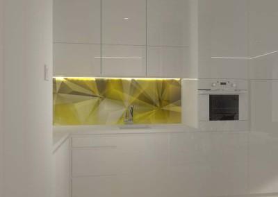 Nowoczesna, biała kuchnia, idealna dla otwartego wnętrza mieszkania.