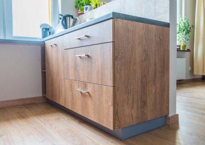 realizacja-wnetrz-projektu-mobiliani-design-kuchnia-w-drewnianym-designie-006